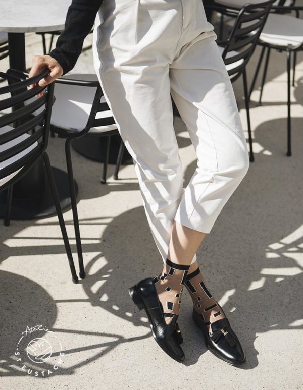 Atelier-St-Eustache-Chaussettes-Transparentes-Femme-Manhattan-Black-Madame Blabla-3