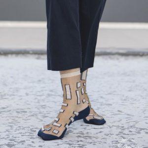 Atelier-St-Eustache-Chaussettes-Transparentes-Femme-Manhattan-Blue-Madame Blabla-3